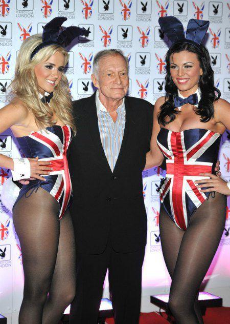 Основатель журнала Хью Хефнер с легендарными зайчиками Playboy