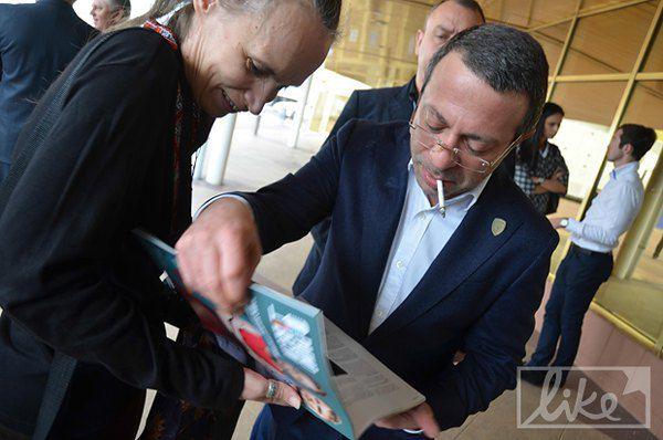 Геннадий Корбан официально объявил, что идет на выборы мэра Киева.