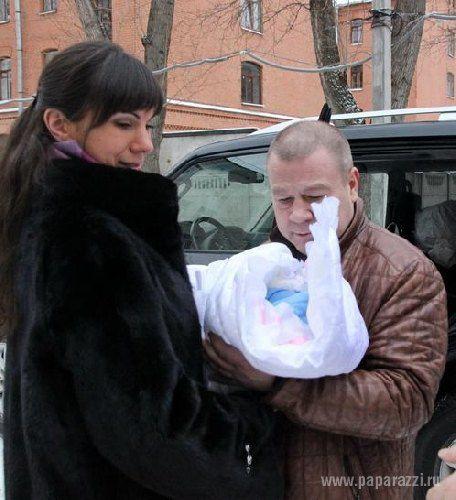 Сергей Селин с женой и сыном