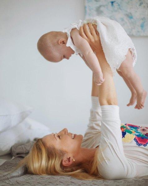Тоня Матвиенко с дочкой Ниной