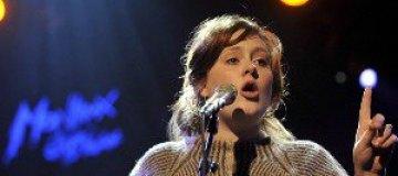Адель записала песню к новому фильму о Бонде