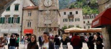 Российских туристов признали самыми безвкусно одетыми в Европе