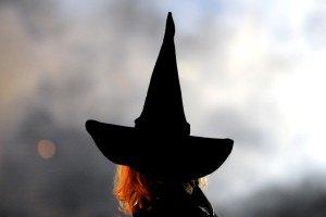 Английским детям на Хэллоуин подарили пакетики с кокаином