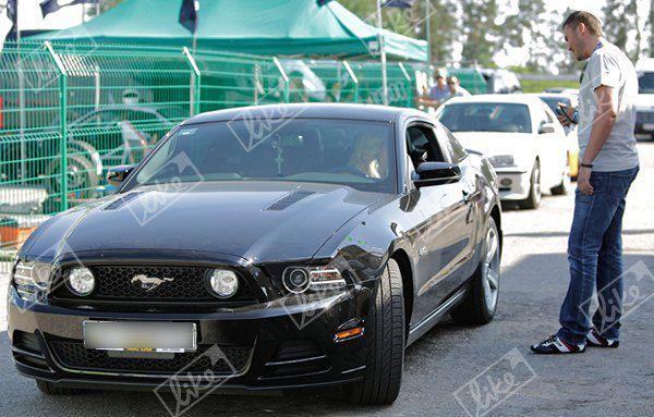 Виктор Янукович-младший оценил новое авто Светланы Лободы
