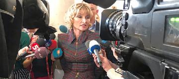 Жена генпрокурора Ирина Луценко пришла в Раду в сапогах за 1,4 тыс. евро