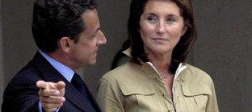 Бывшая жена Николя Саркози навестила Карлу Бруни