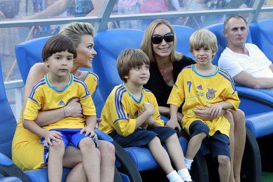 Ириша Блохина с Тимуром и Кристен Пазик с сыновьями