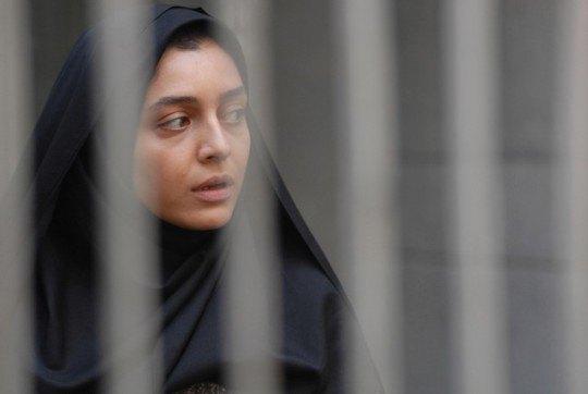 "Иранская драма ""Развод Надира и Симин"" претендует на ""Оскар"" сразу в двух номинациях"