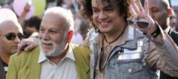 Отец Киркорова сорвал сыну концерт в Баку