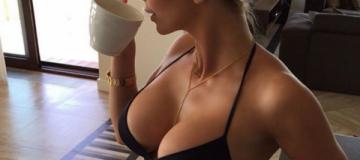 Экс-жена харьковского чиновника покоряет соцсети горячими снимками