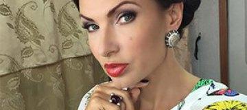 Эвелина Бледанс показала пикантное фото из Крыма