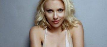 Скарлетт Йоханссон рекламирует секс-шоп