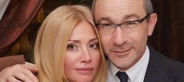 Жена Кернеса похвасталась самолетом и личными фото с отдыха
