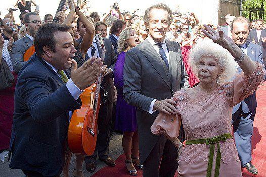 85-летняя невеста станцевала фламенко на своем долгожданном торжестве