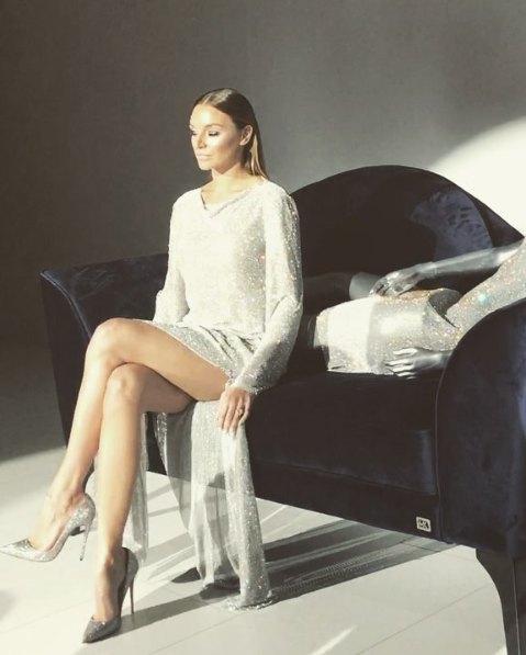 """Алла была """"статичной"""" моделью на показе Эльвиры Гасановой"""