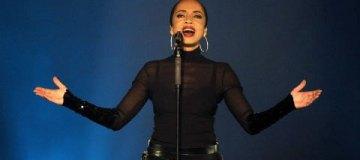Певица Шаде представила первую за 7 лет песню