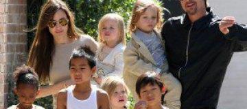 Брэд Питт не любит своих приемных детей?