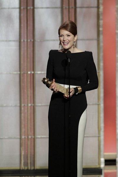 Джулиана Мур победила в номинации лучшей актрисы в телефильме или мини-сериале