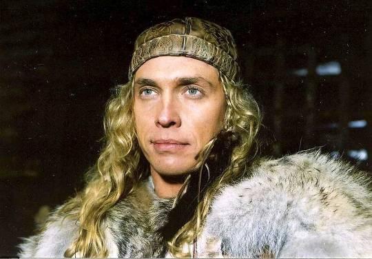 Второе место занял муж Наташи Королевой Тарзан (Сергей Глушко)