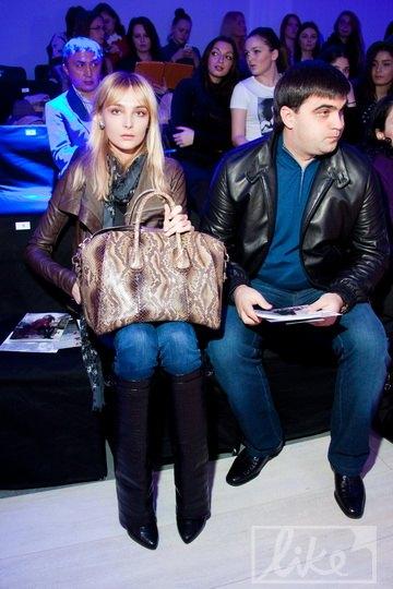 Снежана Онопко пришла на показ с супругом Николаем Щуром