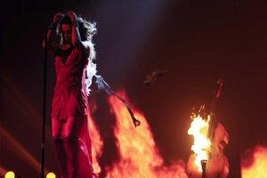 На съемках клипа у Могилевской загорелось платье