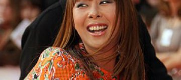 Анита Цой похвасталась консервированными огурцами