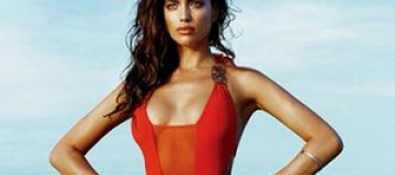 Ирина Шейк снялась в рекламе купальников