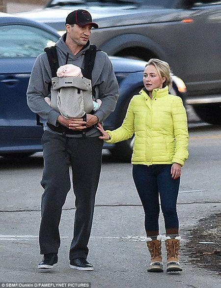 Владимир Кличко и Хайден Панттьери с дочкой