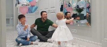 Сергей Притула показал нежные фото с двумя детьми