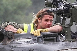 Брэд Питт пересел в танк