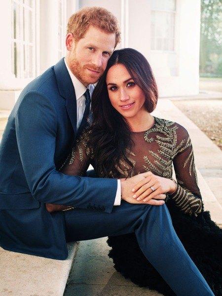 Принц Гарри и Меган Маркл решили поделиться фотографиями, чтобы отблагодарить поклонников за внимание