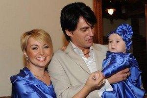 Катя Лель отдала дочь на воспитание бабушке