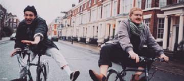 Музыканты британской группы Her's погибли в ДТП в США