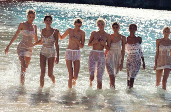 Модели Victoria's Secret в фотосессии Vogue