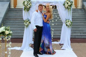 Боксер Поветкин женился на курской модели