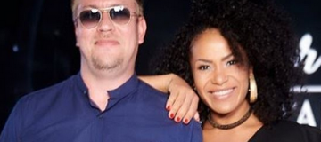 Гайтана впервые вышла в свет с мужем