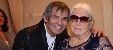 71-летний Бари Алибасов взял в жены 80-летнюю Федосееву-Шукшину