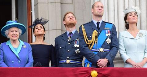 Королеву Елизавету выселят из Букингемского дворца