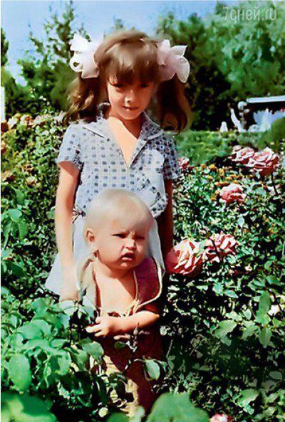 Вера Брежнева в детстве