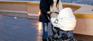 Ани Лорак возьмет дочь на работу в новогоднюю ночь