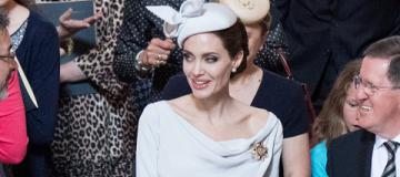 Анджелина Джоли затмила всю королевскую рать на церковной службе в Лондоне