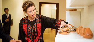 Королева Иордании опровергла информацию о своей расточительности