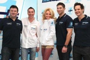 Памела Андерсон презентовала своих гонщиков