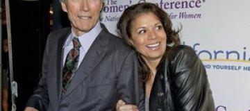 Клинт Иствуд расстался с женой