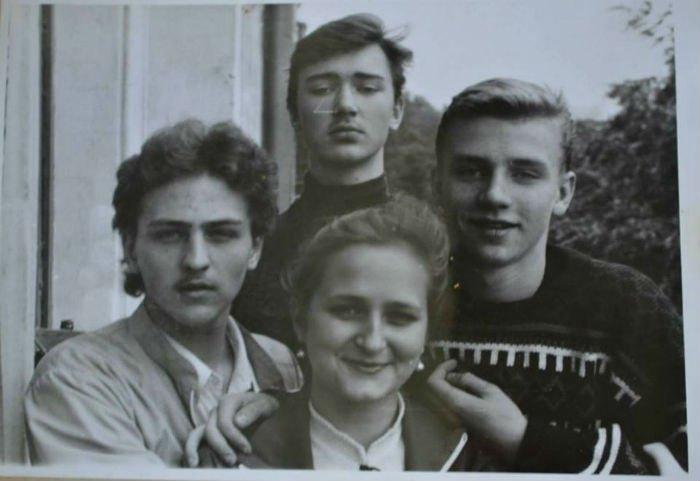 Вячеслав Довженко и Сергей Деревянко - однокурсники. 1991 г.