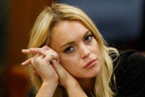 Лохан пожертвовала $50 тыс. несовершеннолетним мамам