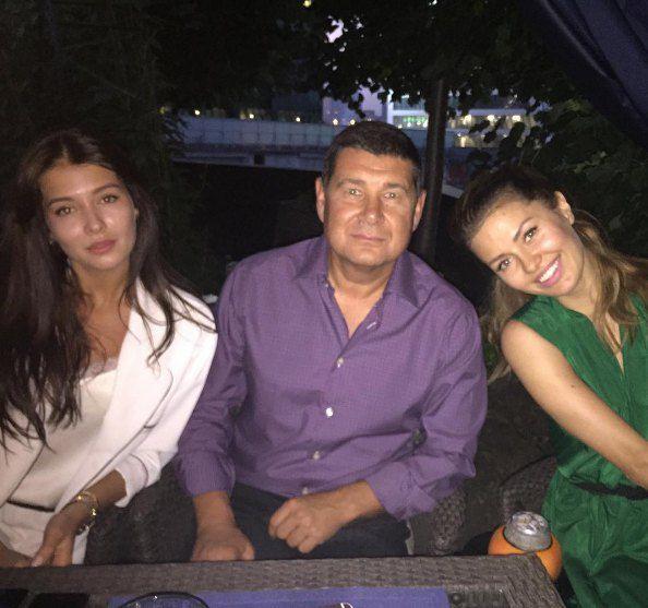Мисс Россия-2015 София Никитчук, Александр Онищенко, телеведущая Виктория Боня