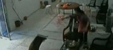 В китайский офис ворвался кабан
