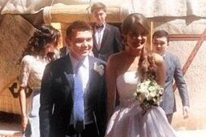 На свадьбе внука Назарбаева выступили Бейонсе и Лещенко