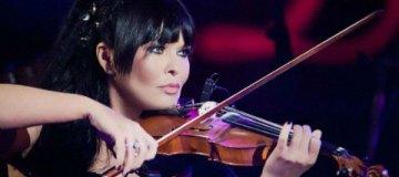 Ассия Ахат устроила грандиозное шоу в Киеве